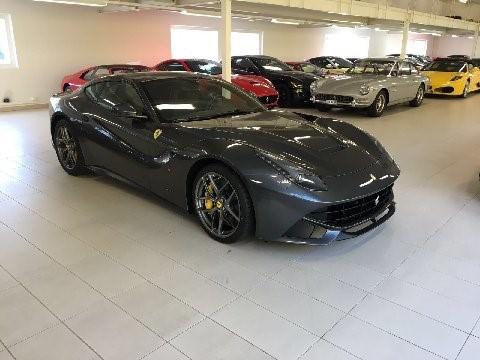 フェラーリF12